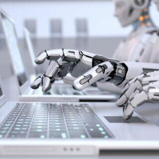 The Guardian robot scrive articolo grazie a intelligenza artificiale