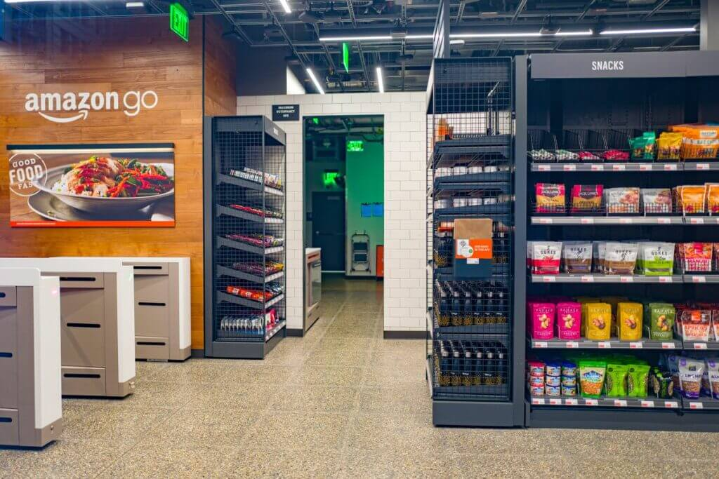Amazon One per pagare con la mano negli Amazon Go